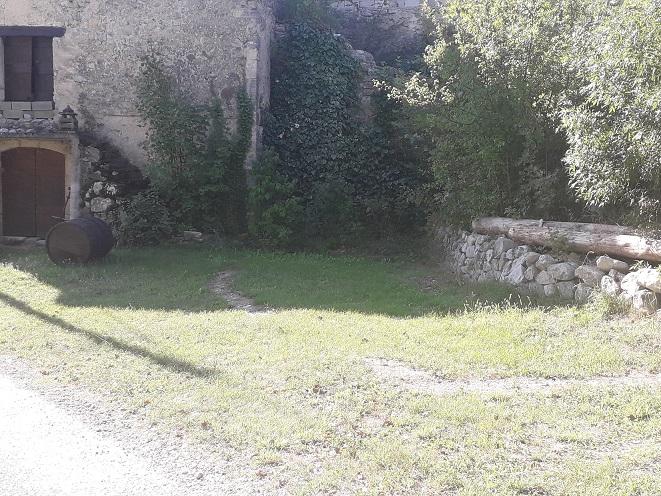 Aire camping-car à Noyers-sur-Jabron (04200) - Photo 3